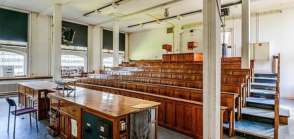 Het interieur van de originele collegezaal bij aanvang ontwerpfase. foto: Arjen Veldt