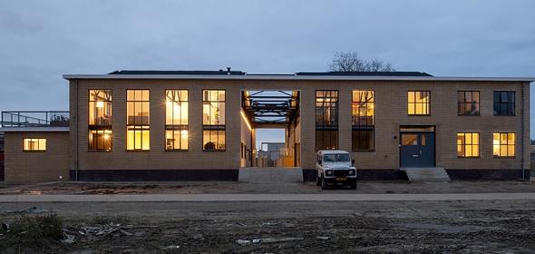 Nieuwe situatie RAG gebouw met middenstraat | foto: Thomas Mayer