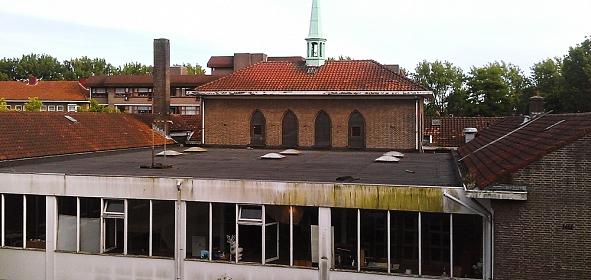 oorspronkelijke situatie met dichtgebouwde patio tbv moskee