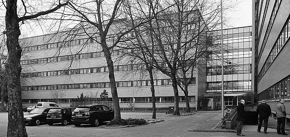 De twee kantoorgebouwen van Philips/Alcatel-Lucent, die behouden konden blijven.