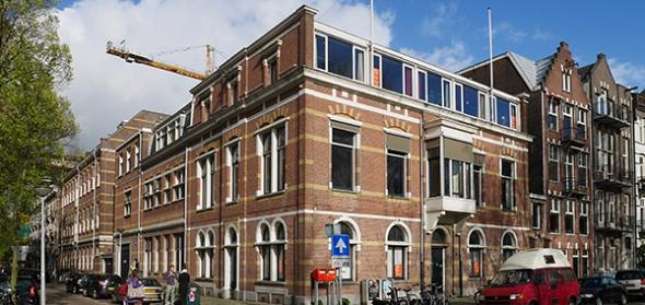 Oude situatie gezien vanaf de Amstel kijkend richting Graag Florisstraat