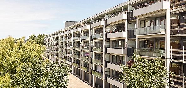 Nieuwe situatie balkonzijde lange vleugel, westzijde